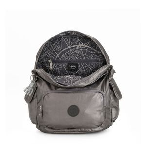 I3539-BOLSA-KIPLING-CITY-PACK-S-CARBON-METALLIC-29U-variacao3